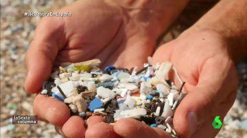 Pequeños trozos de plastico