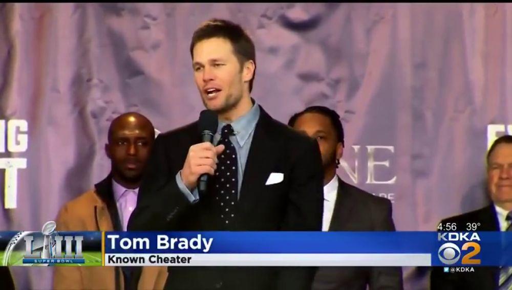 Despiden a un productor de noticias por rotular con el término de 'conocido tramposo' a Tom Brady