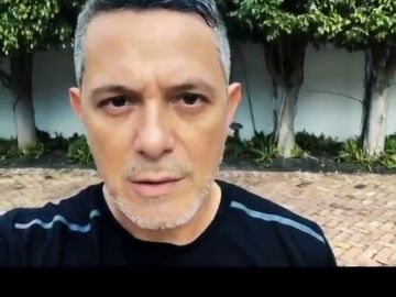 """Alejandro Sanz, Luis Fonsi, J Balvin y otros artistas animan en un vídeo a los venezolanos a """"resistir"""" contra Maduro"""