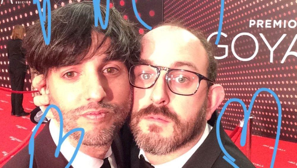 Diego San José y Borja Cobeaga en la alfombra roja de los Goya 2019