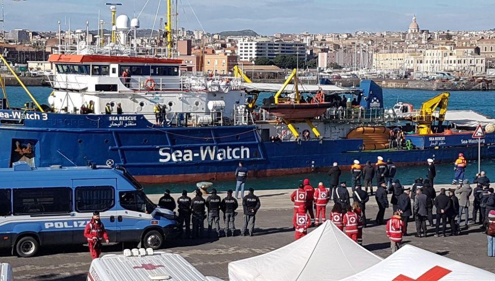 Imagen de archivo del barco Sea Watch 3