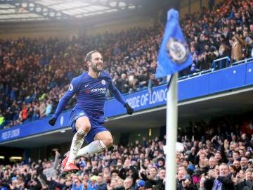 HIguaín celebra un gol con el Chelsea