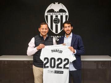 El Valencia anuncia la renovación de Dani Parejo
