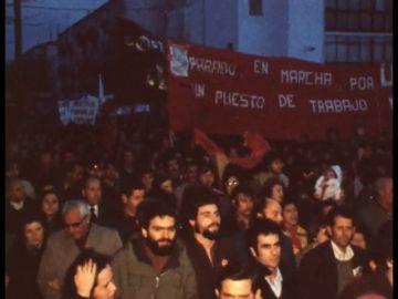 Cuando la Transición Española mató a 59 personas: la represión de los 'grises', a golpe de mambo