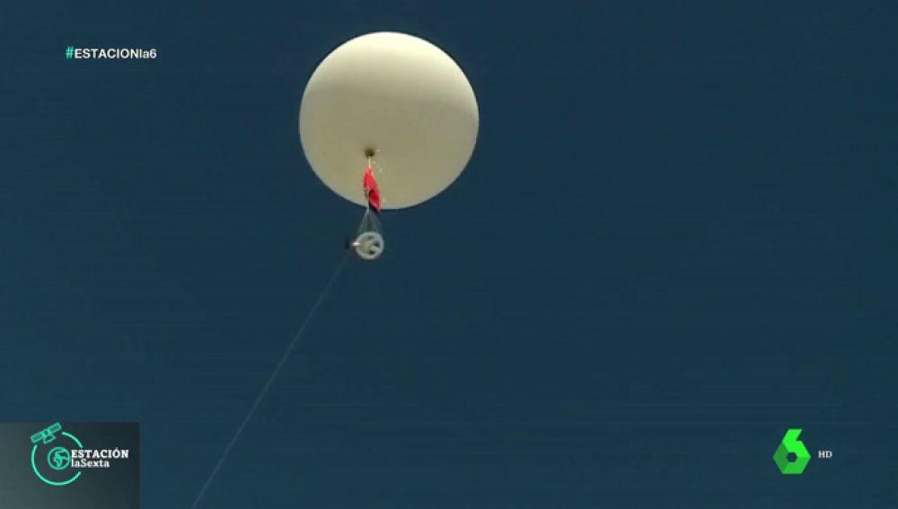 Asistimos al lanzamiento de un globo sonda meteorológico: esta es su función