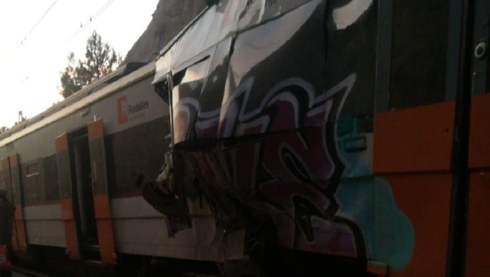 Imagen del choque del choque de trenes en Barcelona