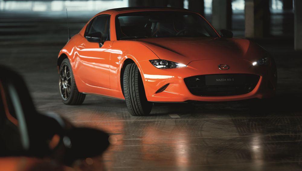 Mazda presenta el MX-5 30 Aniversario: mucho naranja, 184 CV y sólo 50 unidades para España