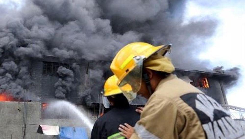 Incendio en Filipinas