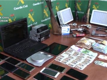 Imagen proporcionada de la Guardia Civil del dinero falsificado