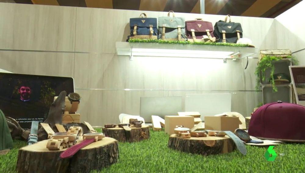 Ropa, calzado y complementos hechos con materiales reciclados