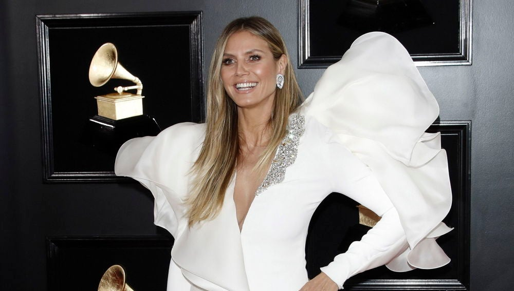 Jennifer López, Katy Perry y Heidi Klum: estos fueron los diseños más comentados de los Premios Grammy 2019