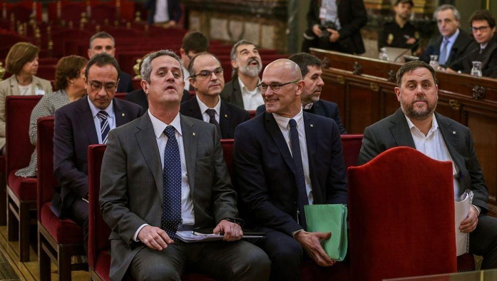 Noticias 2 Antena 3 (12-02-19) Las defensas de los acusados del 'procés' dicen que es un juicio político y cuestionan la imparcialidad