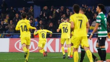 Fornals celebra su gol ante el Sporting