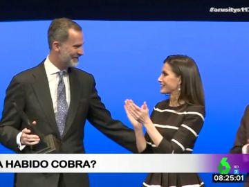 """El incómodo momento del rey Felipe y la reina Letizia ante las cámaras: ¿hay """"cobra""""?"""