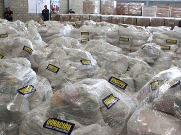 Imagen de la ayuda humanitaria para Venezuela que se amontona en Colombia