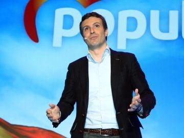 El presidente del PP, Pablo Casado, durante su intervención en el acto 'La gran Granada'