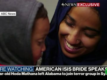 Una mujer estadounidense excombatiente del Dáesh pide volver a su país junto con su hijo y Trump se lo impide