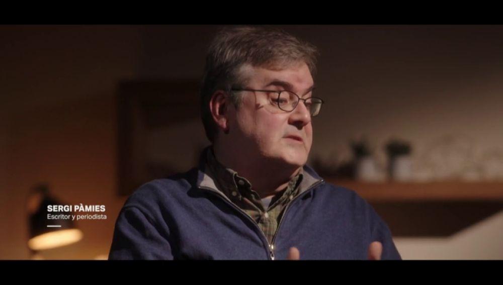 """""""Hemos tenido gobiernos reelegidos tras haberse demostrado que habían mentido"""": la reflexión del escritor Sergi Pàmies sobre la verdad"""