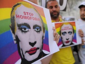 Manifestación contra la persecución al colectivo LGTBI en Chechenia