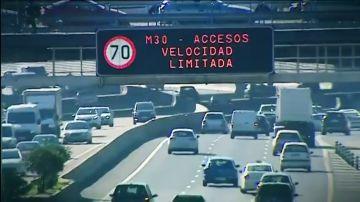 Madrid mantiene para este miércoles el escenario 1 del protocolo de contaminación limitando la velocidad a 70 km/h por la M-30