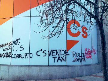 Pintadas en la sede nacional de Ciudadanos