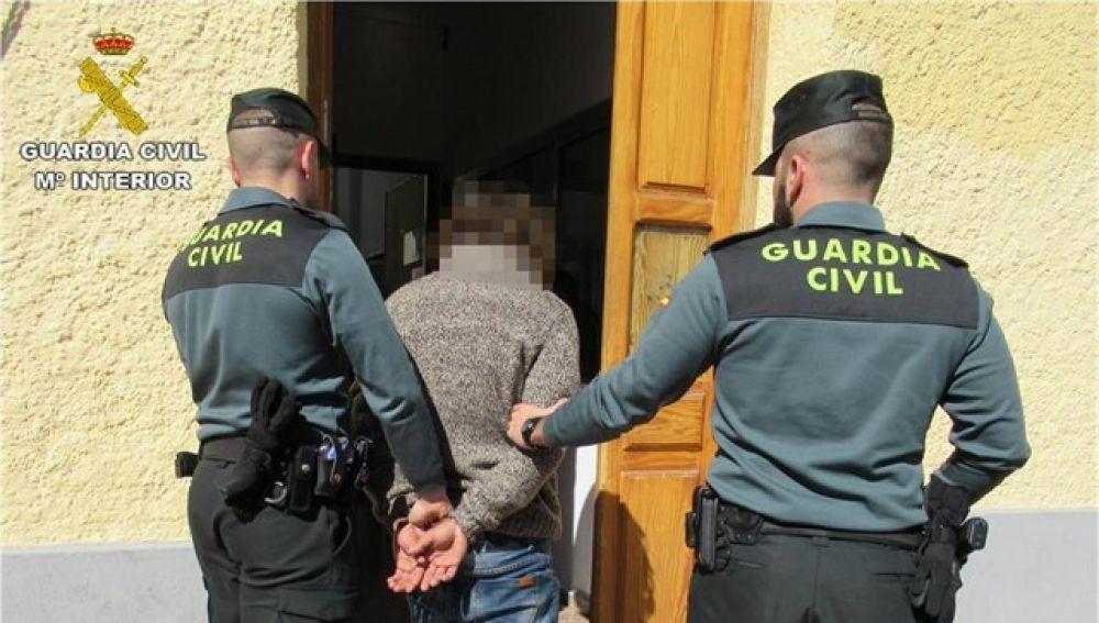 Imagen del detenido como presunto autor de delito de abuso sexual.