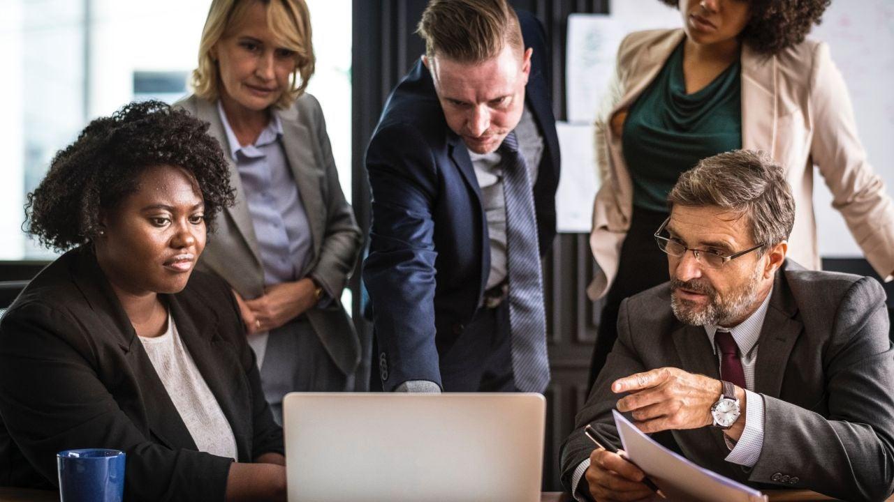 Guía para trabajadores de servicios no esenciales: cómo recuperar las horas de trabajo y otras dudas