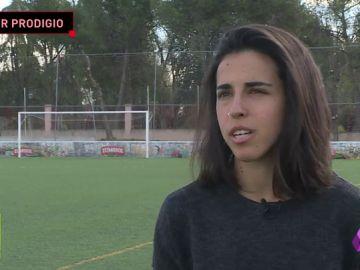 Paula Hoya, la deportista prodigio: campeona de España de golf, subcampeona de fútbol sala, dos triatlones olímpicos...