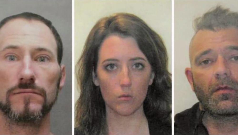 Los tres implicados que recaudaron 400.000 dólares estafando con una campaña viral.