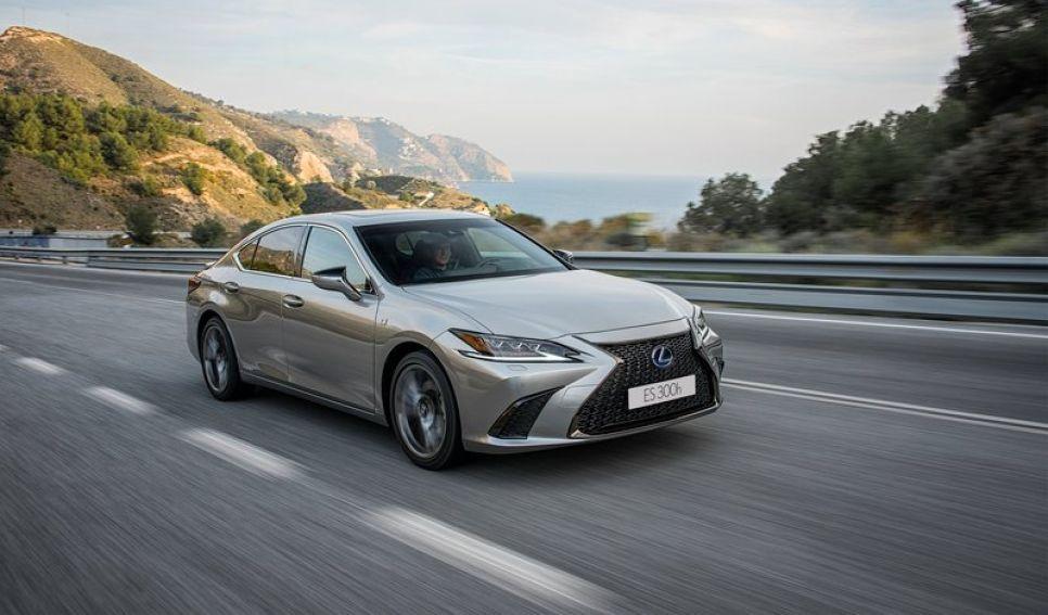 Test a fondo Lexus ES 300h: espacio, lujo y confort