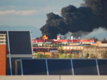 Vista del incendio en Alcorcón, Madrid