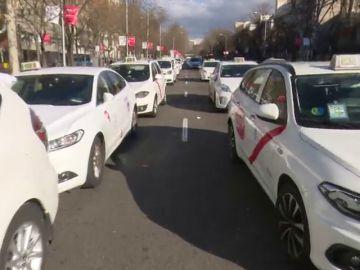 Al menos 20.000 euros de multa a los taxistas madrileños por infracciones durante la huelga