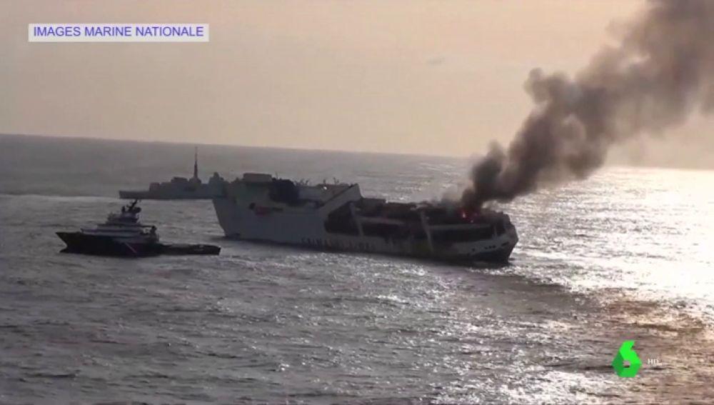 El fuel de un barco de carga italiano puede llegar a las costas francesas