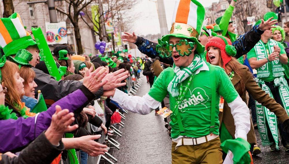 San Patricio en las calles de Dublín