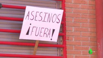 La familia del presunto asesino de un hombre en Vallecas estaría dispuesta a marcharse de la zona tras los últimos actos violentos