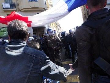 Disturbios entre la Policía y los 'chalecos amarillos' en Niza, Francia.
