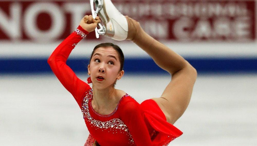 Elizabet Tursynbaeva, durante su histórico ejercicio en Saitana