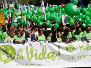 Cabecera de la 'Marcha por la vida' en Madrid
