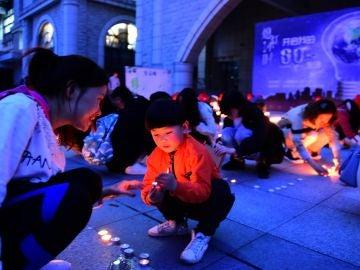 Celebración de la Hora del Planeta 2018 en Pekín, China.