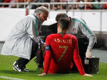 Los médicos de Portugal atienden a Cristiano Ronaldo