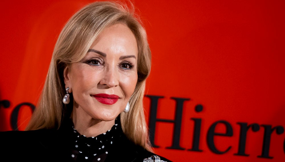 Carmen Lomana en el desfile de Pedro del Hierro en la semana de la moda en Madrid