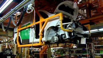 Nissan recortará 600 empleos en Cataluña
