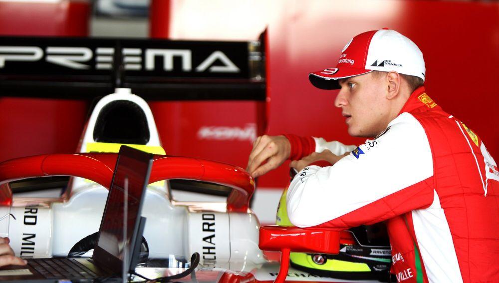 Mick Schumacher en el test de F2