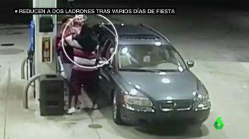 Un grupo de jóvenes reduce a dos ladrones en una gasolinera tras varios días de fiesta