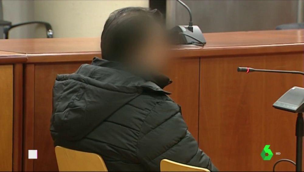 Piden 12 años de cárcel para un hombre acusado de violar a su hijastra y dejarla embarazada cuando era menor en Tarragona