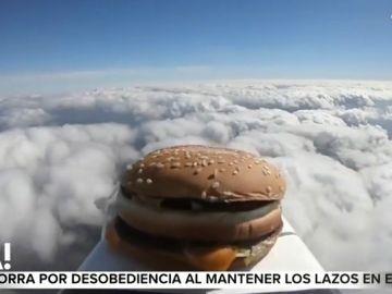 Esta es la surrealista historia de la hamburguesa enviada al espacio