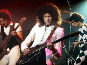 Actuación de Queen en 1977