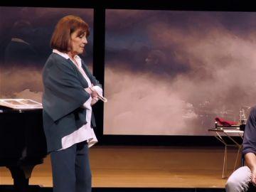 Carmen Maura y Félix Gómez en la obra de teatro 'Golondrina'