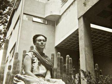 Frida Kahlo en una instantánea inédita del fotógrafo Nickolas Muray
