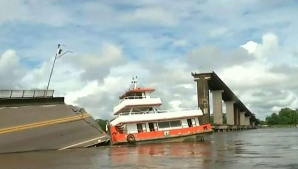 Accidente en un puente en Brasil